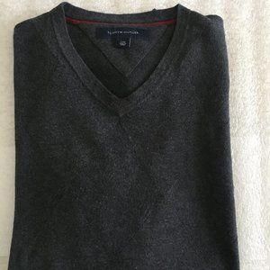 Sleek and Chic Men's Tommy Hilfiger V-Neck Sweater